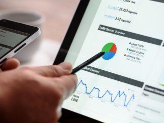 immagine in evidenza del post Aziende e webmarketing: come utilizzare il web per promuovere la propria attività?